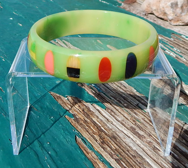 Shultz Bakelite Green Polk Dot Bangle