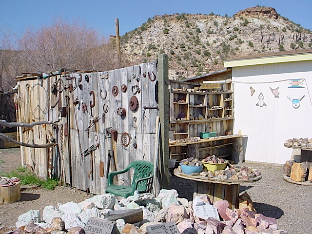Escalante Rock Shop 5