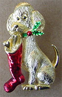 S361 Christmas dog goldtone with enamel pin