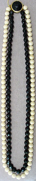 Black ivory glass bead necklace
